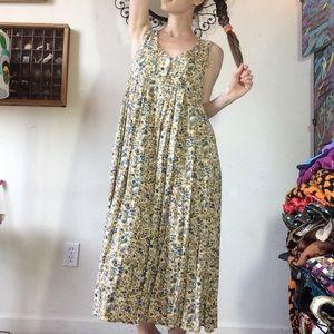 Express Dresses - Erika's Gardening Dress Vintage Express